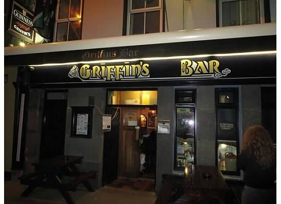 Griffin's Bar: Griffin's!