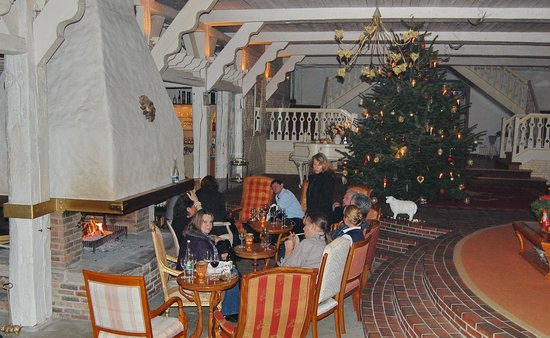 Peterhof: Adventsstimmung am Kamin
