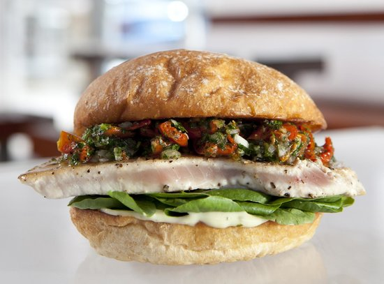 Burger Lounge: Seared Albacore sandwich