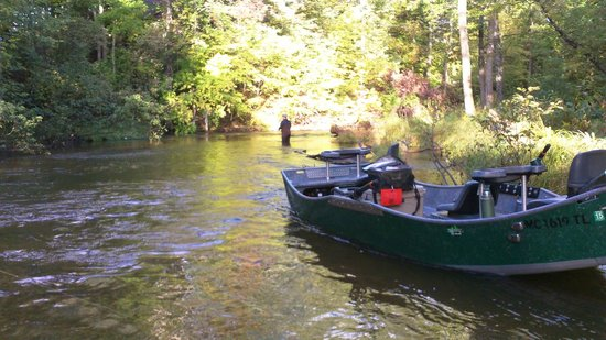 Pere Marquette River Lodge: guided trip