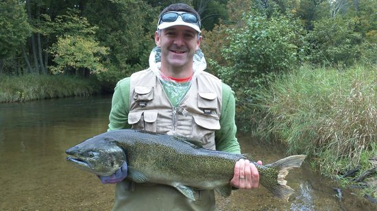 Pere Marquette River Lodge: ahh... nice catch