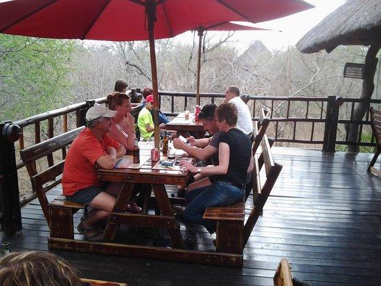 Jabula Lodge: Lunch on the deck