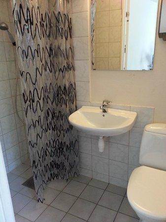 Citybox Bergen: simple toilet
