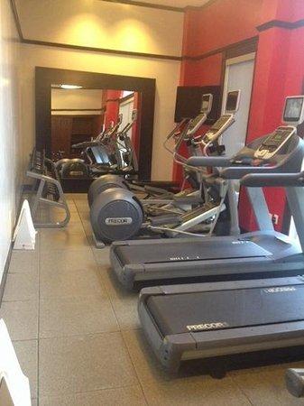 Doubletree Hotel Atlanta/Alpharetta-Windward: exercise room