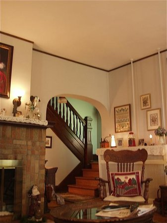 A New Beginning Bed and Breakfast: Back stairway