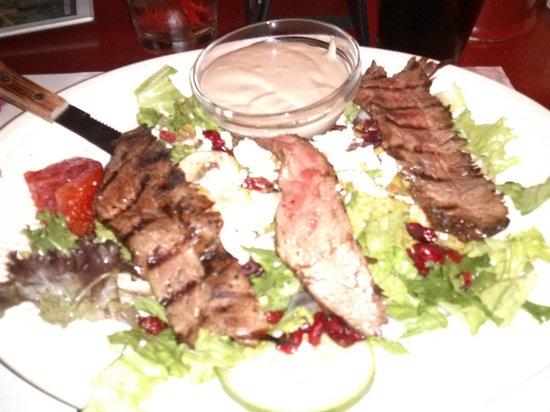 Lakeside Charlie's: Steak Salad