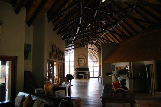Black Rhino Game Lodge: Dining area