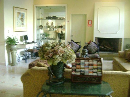 Leon de Oro Inn & Suites: 6