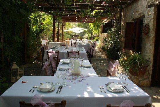Vasilias Nikoklis Inn: Our table layout for wedding breakfast @ vasilias
