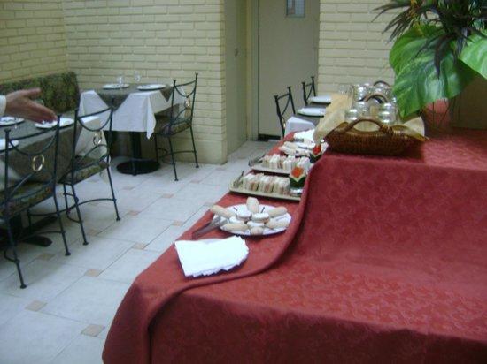 Leon de Oro Inn & Suites: 1
