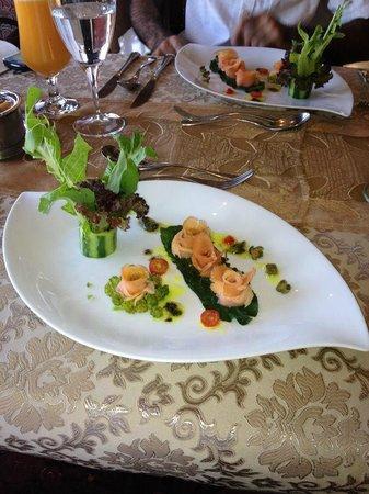 Bella Vista Italian Restaurant: Salmon