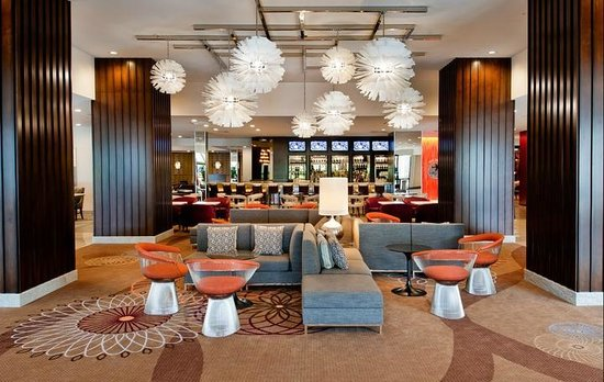 Marriott St. Louis Airport: Lobby