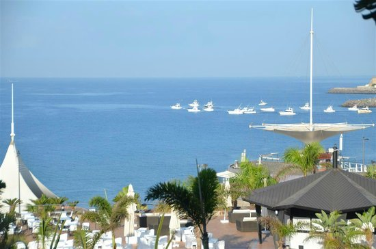 H10 Playa Meloneras Palace: View from the hotel