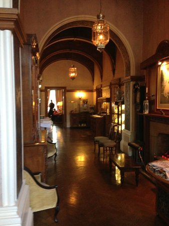 Cornhill Castle Hotel: the lobby