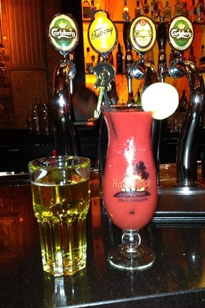 Hard Rock Cafe Copenhagen : Drinks adquiridos no balcão