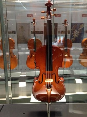 Museum of the Violins: Thw new violin museum