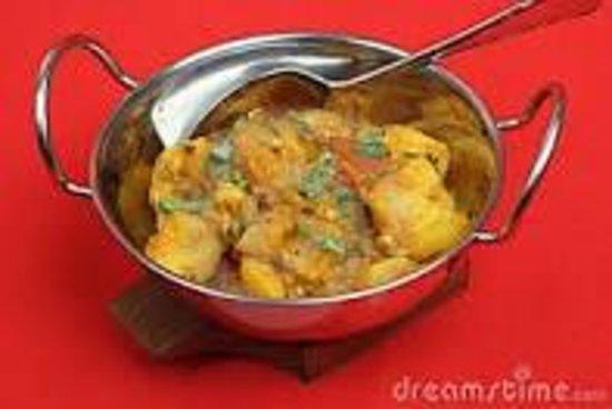Golden Oven: Balti chicken  satkora