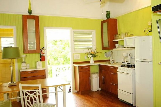 Cottages By The Sea: Cowry Cottage Dining/Kitchen