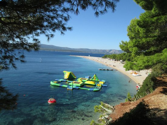 Zlatni Rat Beach Hotel There S A Water Fun Park That Is Amazing