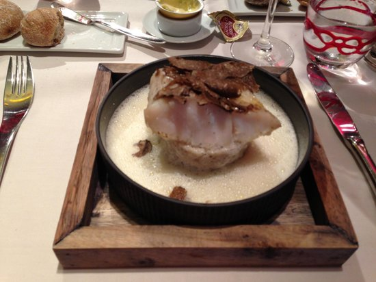 La Tortue du Sablon: Oven roasted cod with risotto