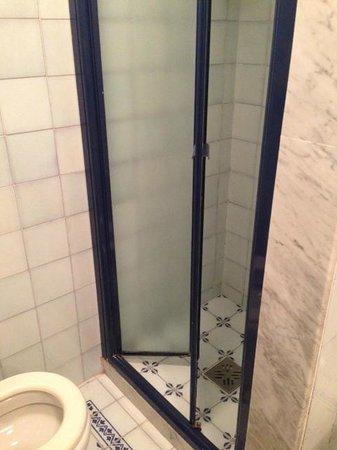 Hotel Garden: Salle de bain