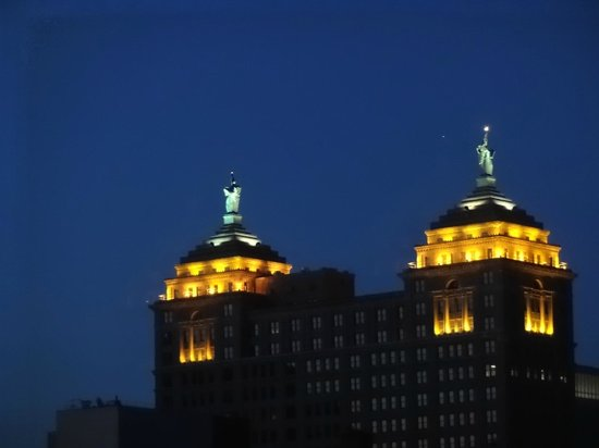 Embassy Suites by Hilton Buffalo : One Lady Liberty faces east, the other west.