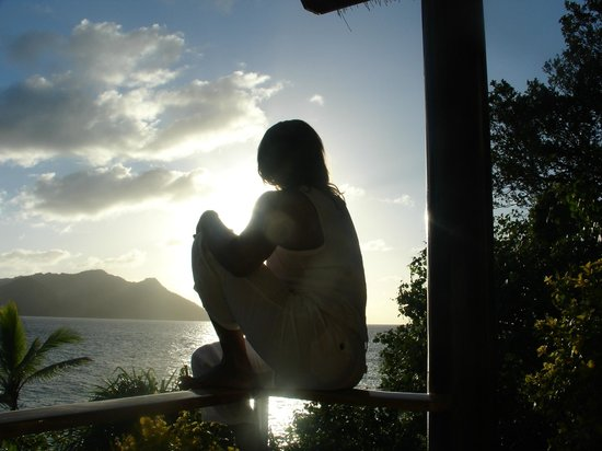 Royal Davui Island Resort: Sunrise off the 1st balcony of Villa 16