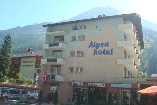 Swiss Budget Alpenhotel Täsch : photo de l'hôtel