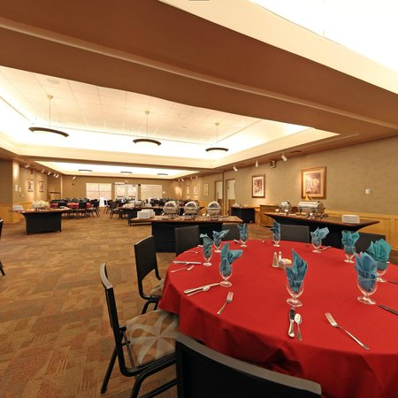 Thunderbird Executive Inn & Conference Center: Banquet Facility-TC Rooms