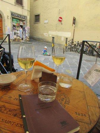 Le Volpi e L'Uva : View to the square