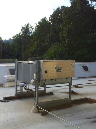 Hampton Inn Asheville - Tunnel Road : The view from my window.
