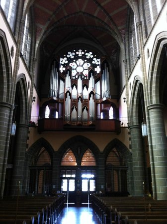 Christ Church Cathedral: 4