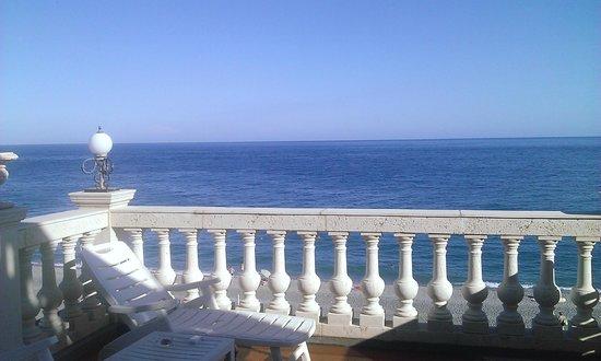 Hellenia Yachting Hotel: Terrasse