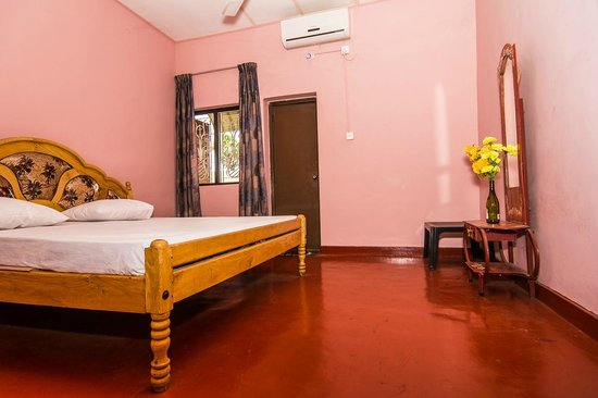 Victoria Guest House: Room 8