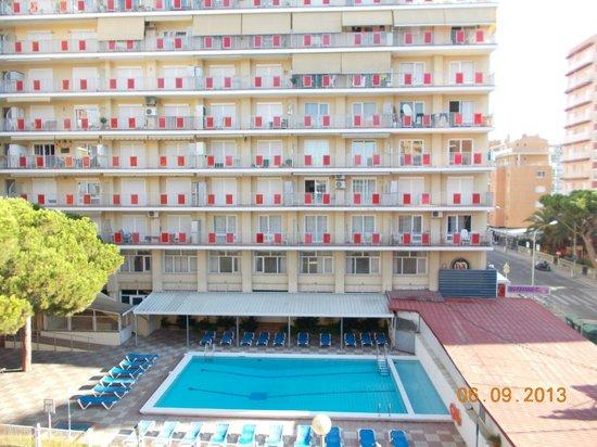 Hotel Stella Maris : view straight ahead from balcony