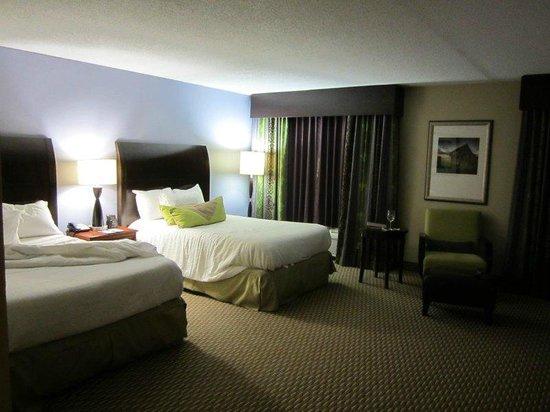 Hilton Garden Inn Raleigh-Durham Airport: two comfortable beds