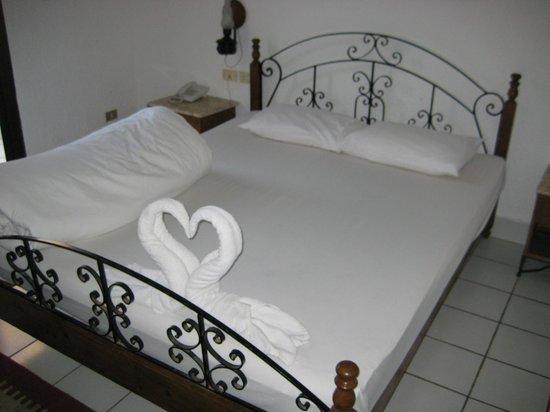 Jewels Sahara Boutique Resort: двухспалная кровать