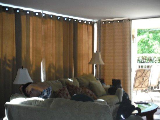 Haleakala Shores Condos : Living Room w/ Slight view of Lanai