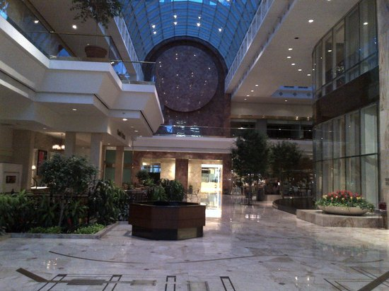 Omni Richmond Hotel: Lobby