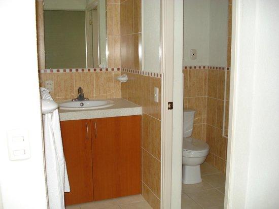 Hostal de Santa Maria: baño