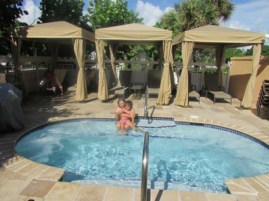 Wyndham Deerfield Beach Resort: PISCINA