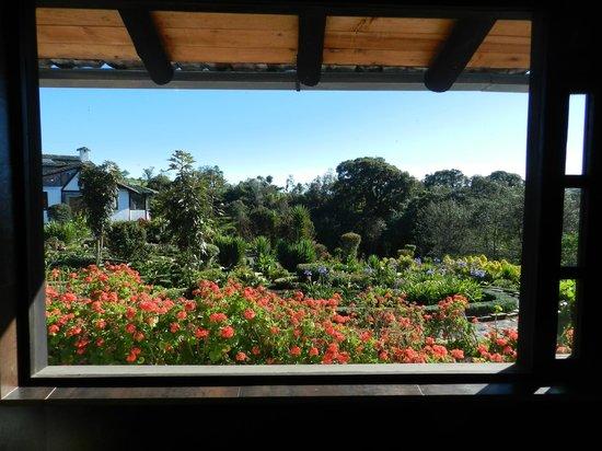 Sierra Alisos, hotel de campo: vue de la salle de bain