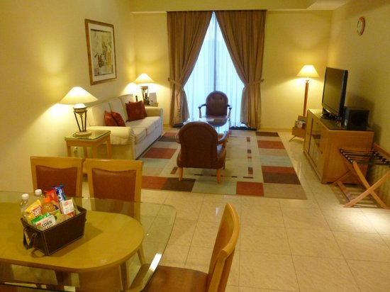 Regency House by Far East Hospitality: Great Apartment