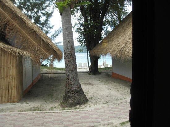 Coral Island Resort: Vista desde nuestra cabaña