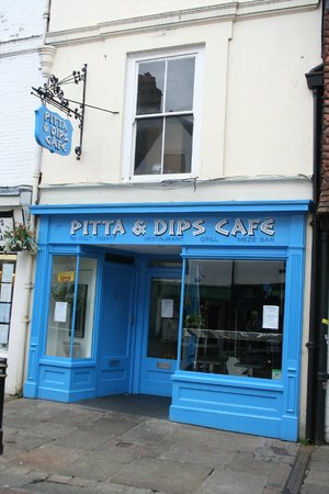 Pitta and Dips Cafe: Outside
