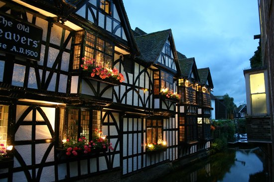 Canterbury Guided Tours: The Old Weavers restaurant