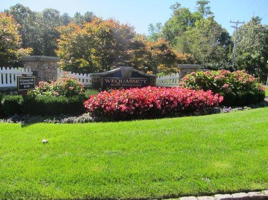 Wequassett Resort and Golf Club: Entrance to Wequassett