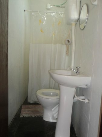 Recanto Do Lord Hostel: Banheiro
