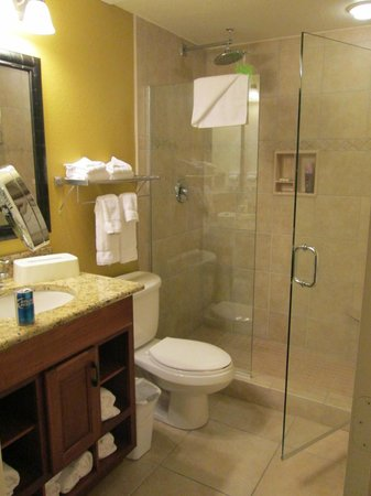 Westgate Lakes Resort & Spa: bathroom in the new rooms
