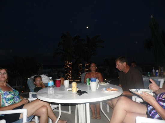 Sierra Suites: Enjoying the Full Moon and Beautiful Tide and of course More Family time